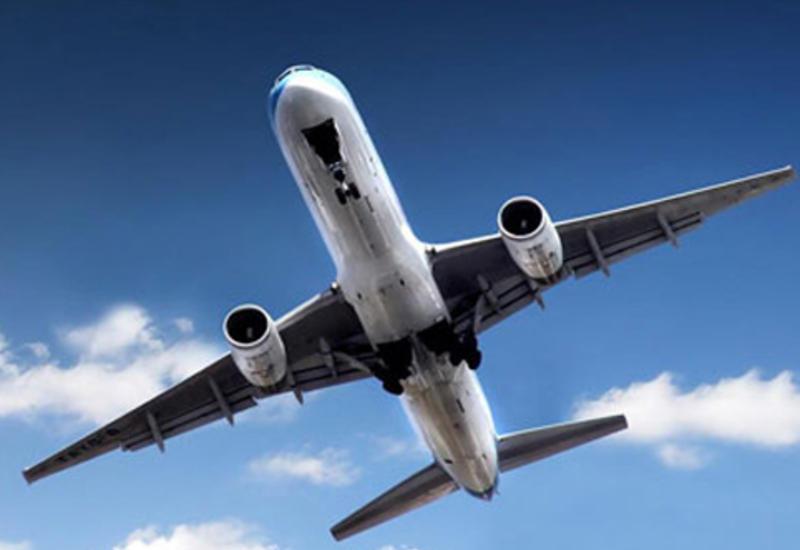 СМИ: странные надписи на самолетах Франции