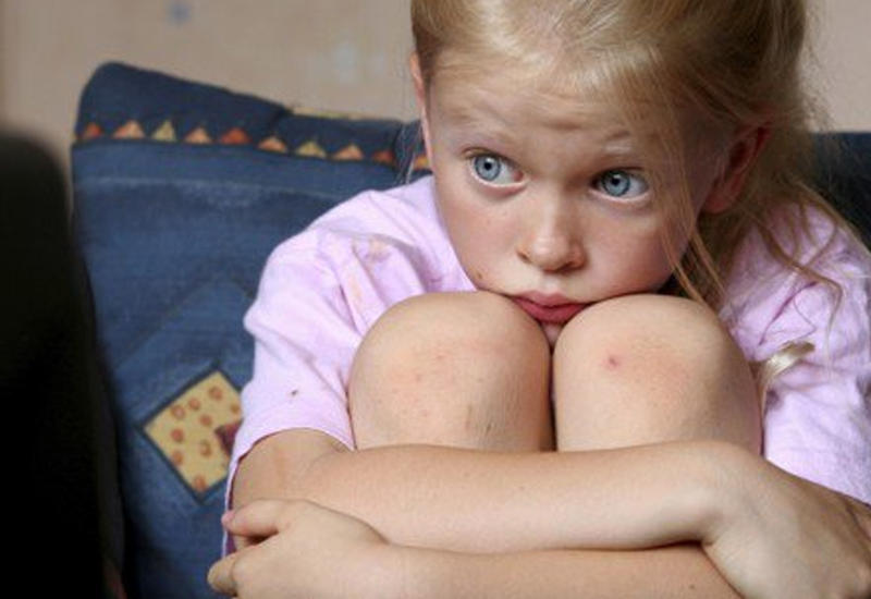 Почему взрослые нарушают права детей - эксперты расскажут