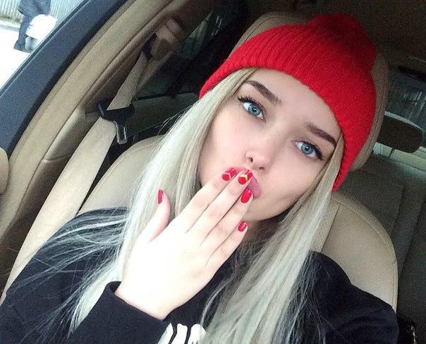 16-летняя россиянка покоряет Instagram своей красотой - ФОТО