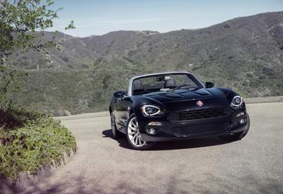 "Новый родстер Fiat станет мощнее и стартует на ралли <span class=""color_red"">- ФОТО</span>"