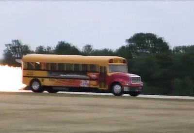 """Самый быстрый автобус в мире <span class=""""color_red"""">- ВИДЕО</span>"""