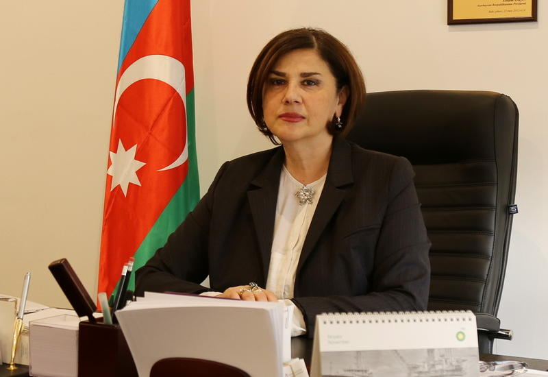 """Еще одна награда азербайджанской писательницы <span class=""""color_red"""">- ФОТО</span>"""