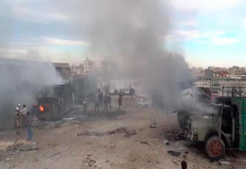 "На турецко-сирийской границе разбомбили колонну грузовиков <span class=""color_red"">- ФОТО - ВИДЕО</span>"