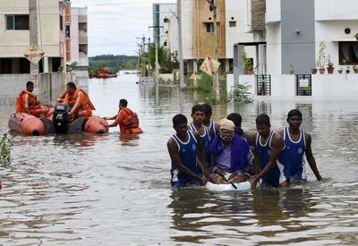 "Индия уходит под воду <span class=""color_red"">- ФОТО</span>"