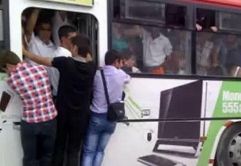 """Avtobuslardakı sıxlığa çarə tapılacaq? <span class=""""color_red"""">- VİDEO</span>"""