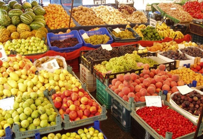 Азербайджанские фрукты добрались до России