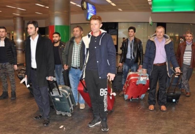 Россия высылает турецких туристов на родину