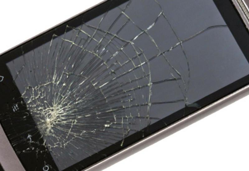 Физик вывел формулу падающего смартфона