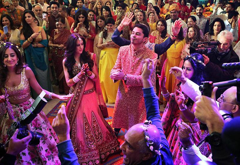 """Индийский миллионер потратил $21 млн, чтобы сыграть сыну такую свадьбу <span class=""""color_red"""">- ФОТО</span>"""