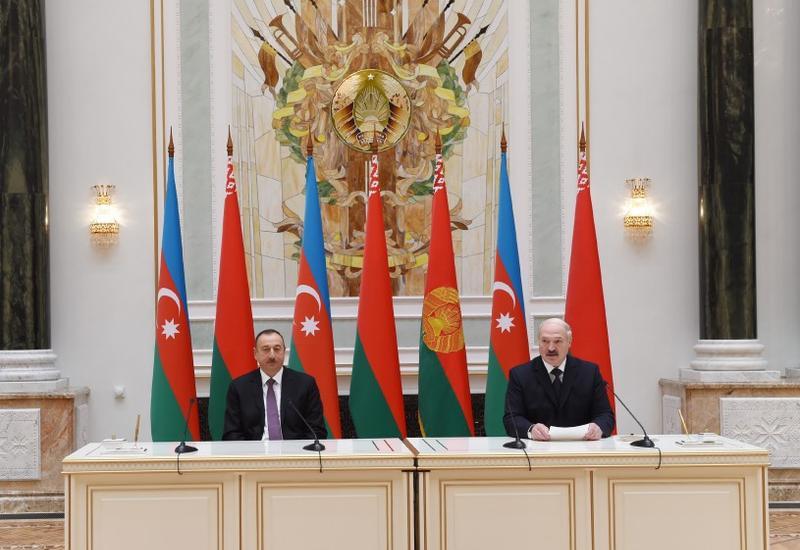 """Президенты Ильхам Алиев и Александр Лукашенко выступили с заявлениями для печати <span class=""""color_red"""">- ОБНОВЛЕНО - ФОТО</span>"""