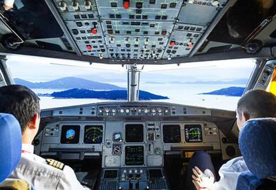 """Пилоты раскрыли секреты, о которых никогда не говорят пассажирам <span class=""""color_red"""">- ФОТО</span>"""
