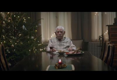 """Эта трогательная реклама заставит вас поменять планы на Рождество <span class=""""color_red"""">- ФОТО - ВИДЕО</span>"""