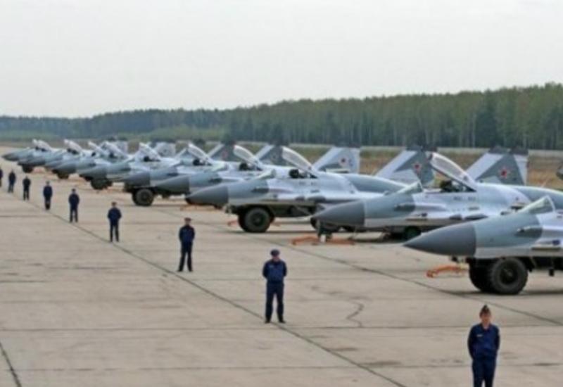 Rusiya Suriyada daha bir aviabaza açır