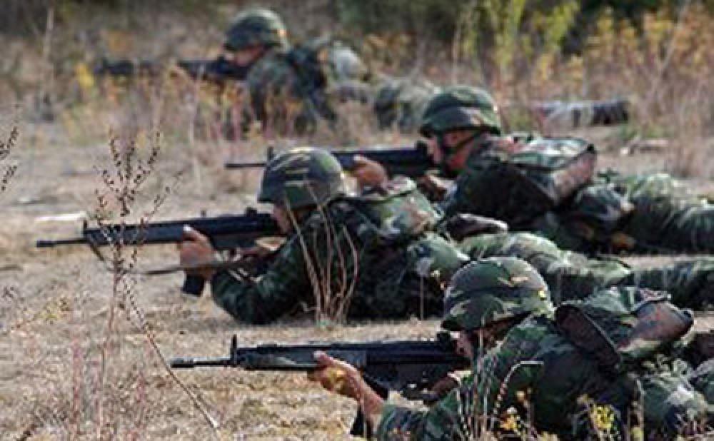 Азербайджанские наемники расстреливают своих азербайджанцев