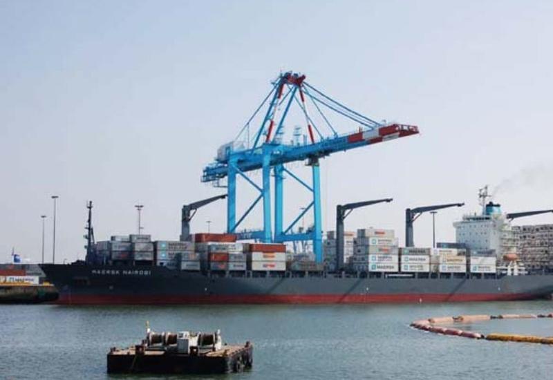 Туркменистан модернизирует порт на Каспии