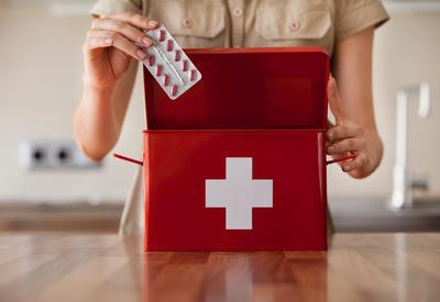 Важные лекарства и средства, которые должны быть в любой домашней аптечке