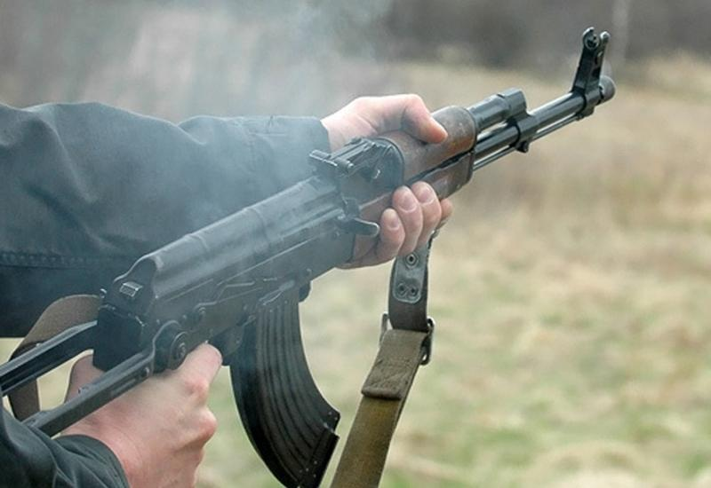 В Дагестане неизвестные обстреляли автомобиль с полицейскими