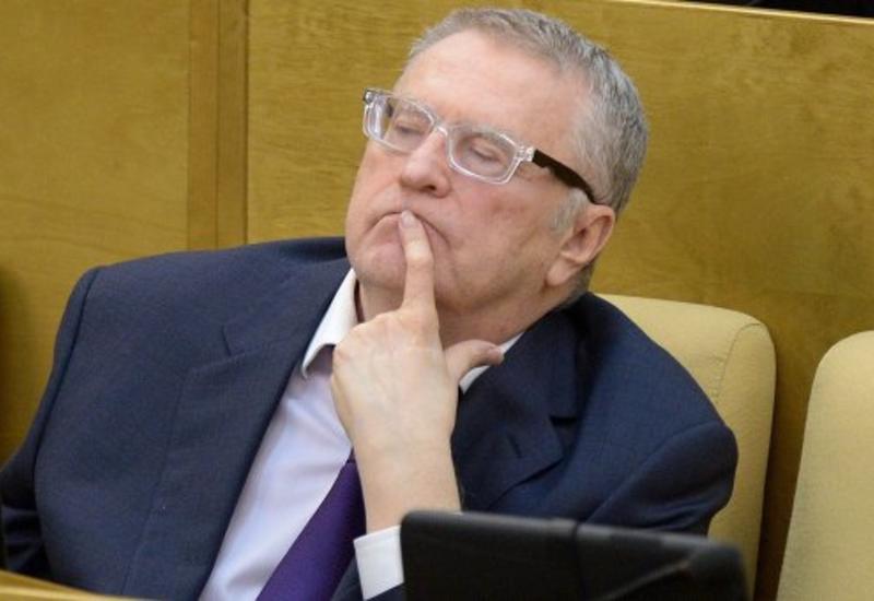 Жириновский задолжал за телефон и интернет