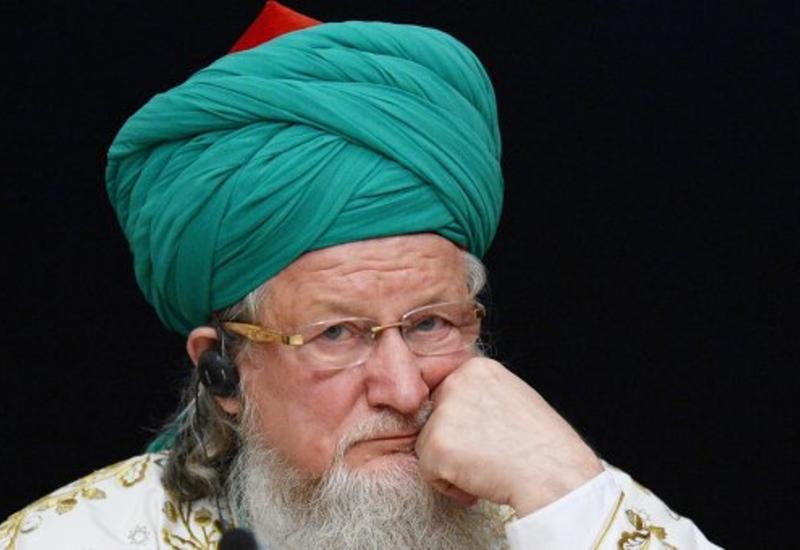 Мусульмане Петербурга считают незаконным увольнение их муфтия