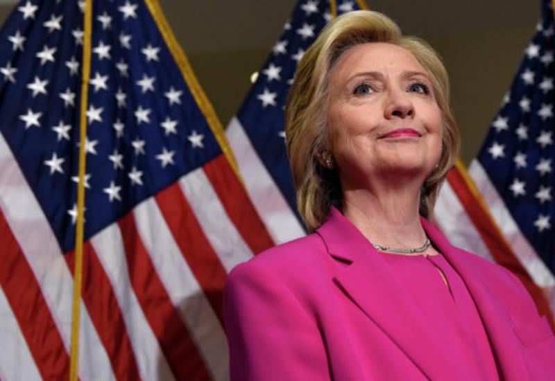 Госдеп обвинил Клинтон в нарушении правил электронной переписки