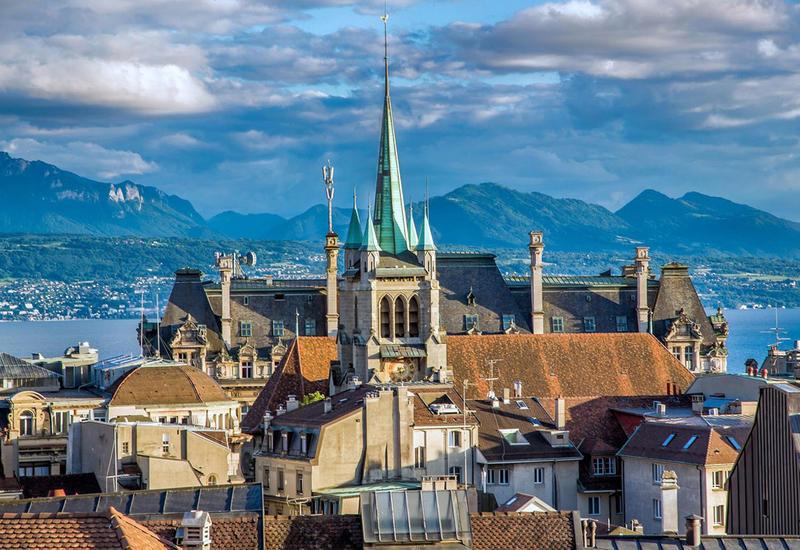 В Швейцарии власти запретили бесшумные дискотеки из-за шума