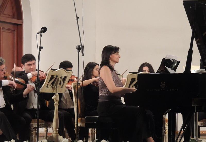 """Великолепное посвящение Гара Гараеву на сцене Филармонии <span class=""""color_red"""">- ФОТО</span>"""
