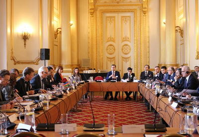 "Великобритания вложила в Азербайджан 23 млрд. <span class=""color_red"">- ФОТО</span>"