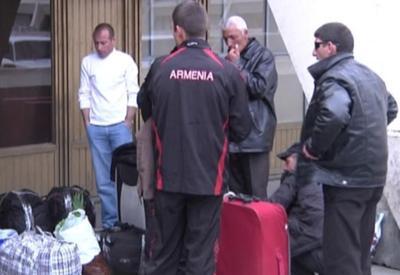 Бегущих из Армении граждан на родине назвали наркоманами