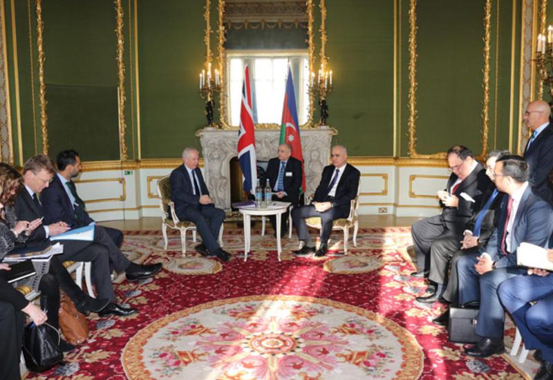Британии дали список компаний, занимающихся незаконной деятельностью в Карабахе
