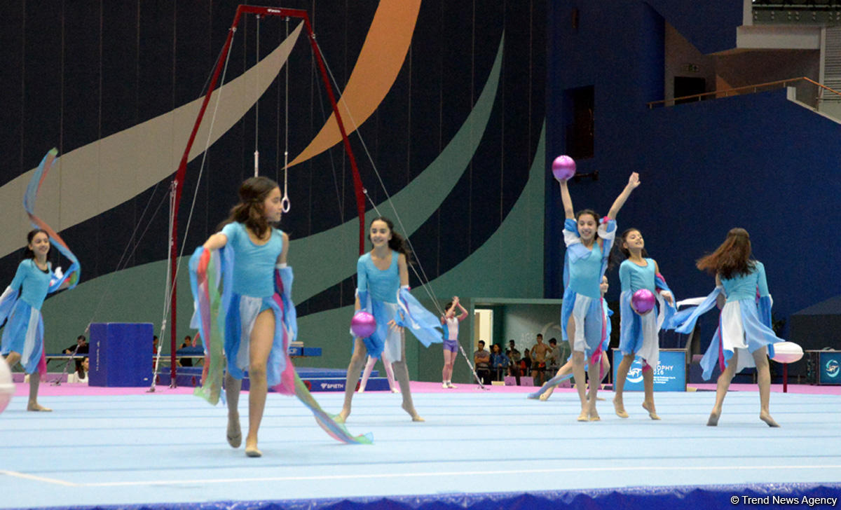 В Баку прошла генеральная репетиция церемонии открытия Кубка мира по спортивной гимнастике - ФОТО