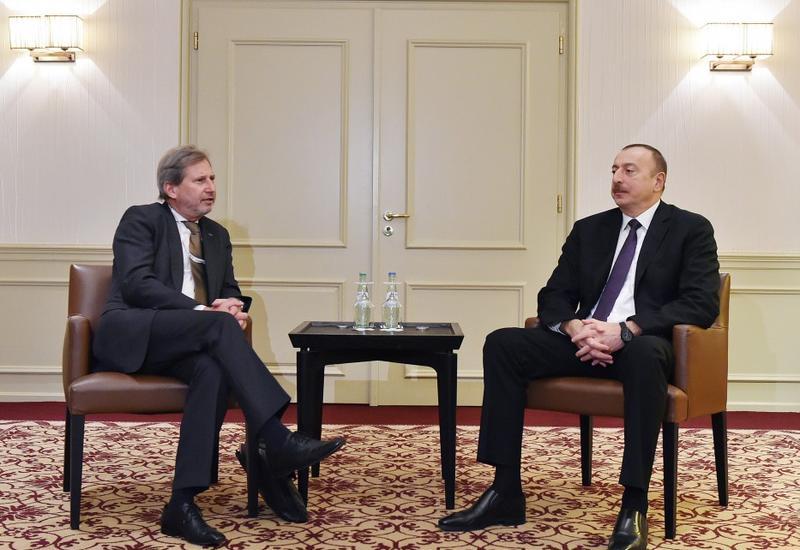 """Президент Ильхам Алиев встретился в Мюнхене с главой МИД Германии и комиссаром ЕС по Европейской политике соседства и вопросам расширения <span class=""""color_red"""">- ОБНОВЛЕНО - ФОТО- ВИДЕО</span>"""