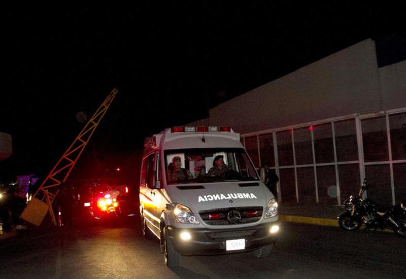 В Мексике столкнулись 10 машин, погибли 20 человек