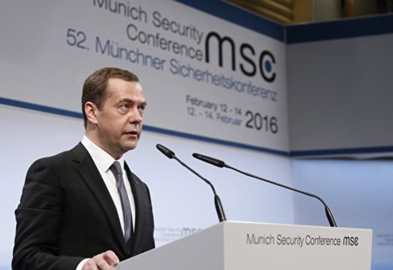 Медведев: Россия готова сотрудничать с Европой в борьбе с терроризмом