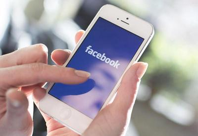 Facebook работает с перебоями по всему миру