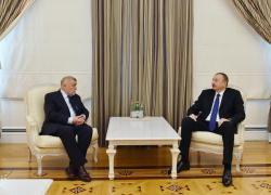 Президент Ильхам Алиев принял бывшего Президента Хорватии Степана Месича