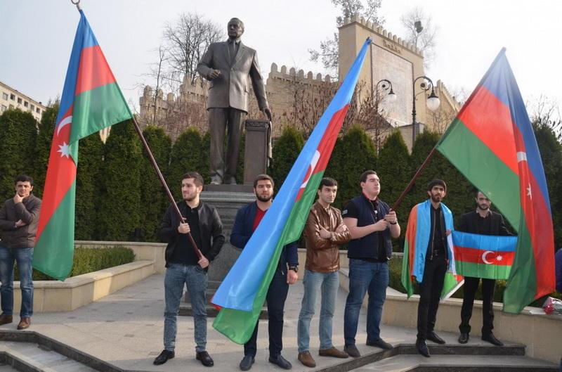 ВМИДРФ поведали оцели визита Лаврова вАзербайджанской столице