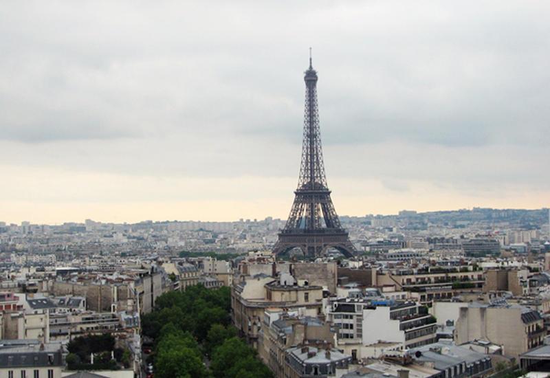 Париж готов предоставить площадку для новых переговоров по Карабаху