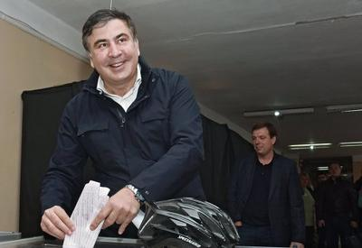 Саакашвили уверен в победе своей команды на парламентских выборах в Грузии