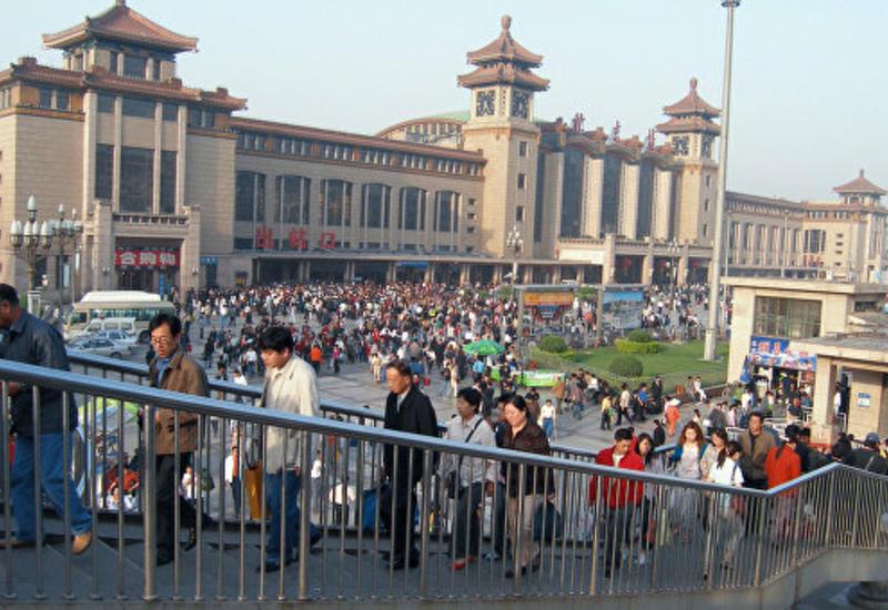 В Китае фургон врезался в толпу, много погибших и раненых