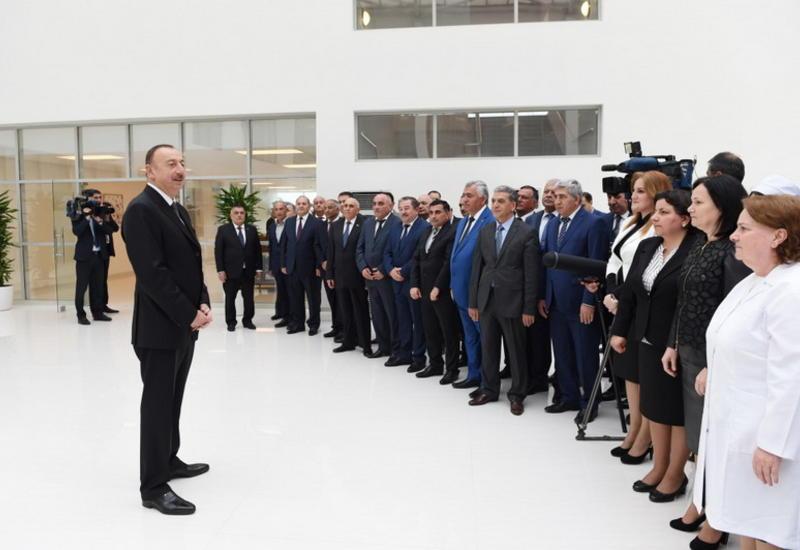 Президент Ильхам Алиев принял участие в открытии нового здания Агсуинской районной центральной больницы
