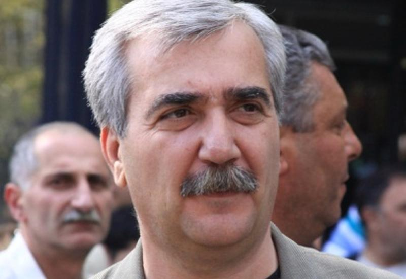 Изгнанный Саргсяном замминистра признал слабость Армении