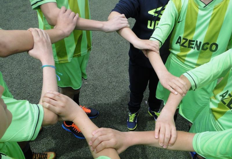 """Браслеты дружбы: Азербайджанский футбол присоединился к четырем континентам <span class=""""color_red"""">- ФОТО</span>"""