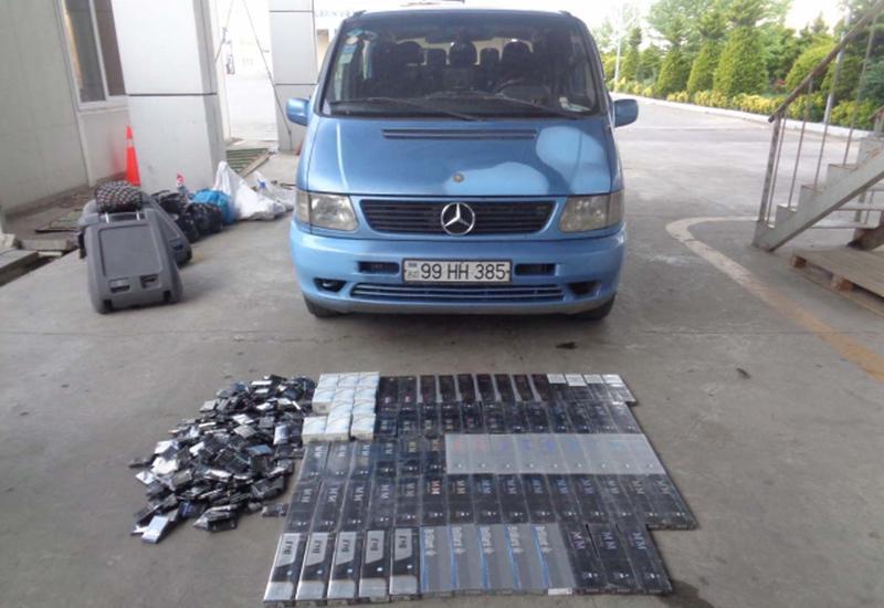 """На границе с Ираном остановлен автомобиль с контрабандными сигаретами <span class=""""color_red"""">- ФОТО</span>"""