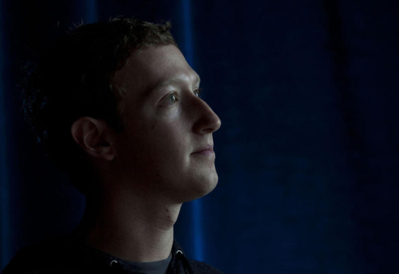 Акционер Facebook подал в суд на Цукерберга