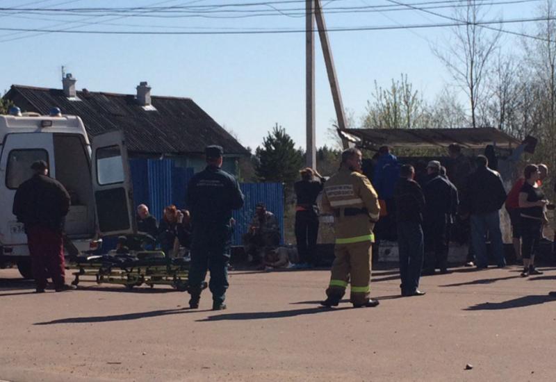 Взрыв на остановке в Ленобласти, есть погибший