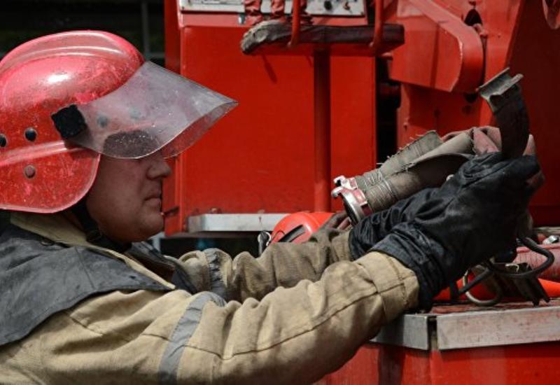 В Москве прохожий спас женщину и двух детей при пожаре