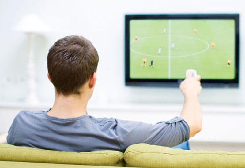 Həftəsonunun ən maraqlı oyunları TV-də