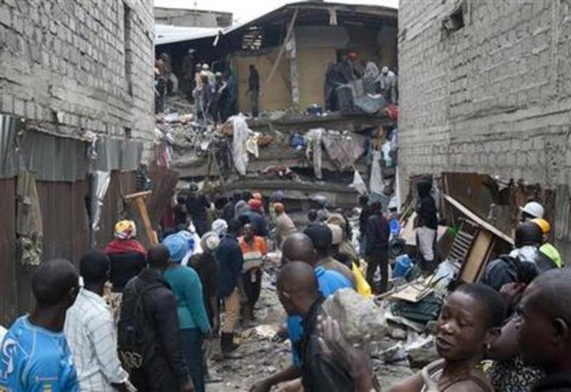В Кении спустя 4 дня после обрушения дома обнаружили 6-месячного ребенка