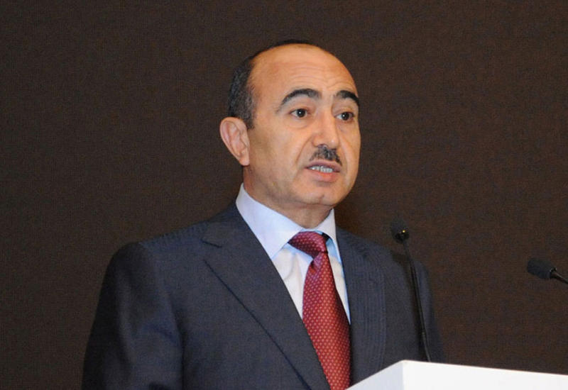 """Əli Həsənov: """"Azərbaycan həmsədr ölkələrlə daha tələblə danışır"""""""