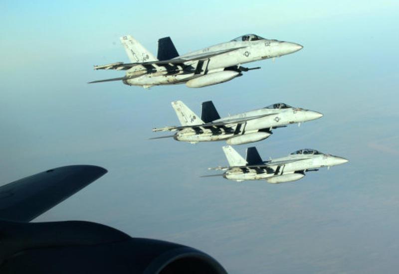 """Военнослужащий США хочет засудить Обаму за кампанию против """"ИГ"""""""